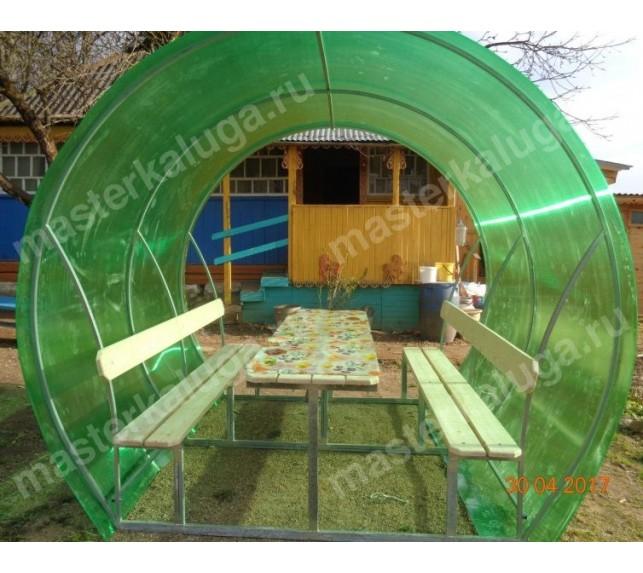 Беседка для дачи с зеленым поликарбонатом и лавочками - фото4