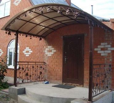 Навесы-козырьки для входных групп (крыльцо, входная дверь и пр.)